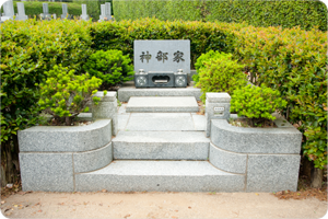 園芸墓の例(外柵付)